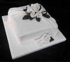 one tier square wedding cake Wedding Cakes One Tier, Wedding Cake Boards, Square Wedding Cakes, Square Cakes, Wedding Cakes With Cupcakes, Beautiful Wedding Cakes, Gorgeous Cakes, Elegant Birthday Cakes, 80 Birthday Cake