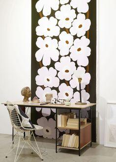 Sisustusinspiraatiota: Marimekko Home Marimekko, White Industrial, Painted Doors, Modern Fabric, Home Collections, House Design, Interior Design, Wallpaper, Abstract Art