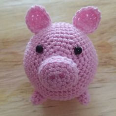 Amigurumi Tutorial, Crochet Animals, Piggy Bank, Lana, Free Pattern, Hello Kitty, Crochet Patterns, Crafts, Inspiration