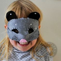 Hugo and Mathilda: The mouse and the bat or two simple DIY costume ideas #kidscrafts