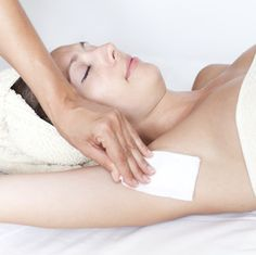 Depilacja woskiem pach gładka skóra wosk kosmetyczka Studio Maestria radom