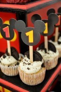 Love the Cupcake decor