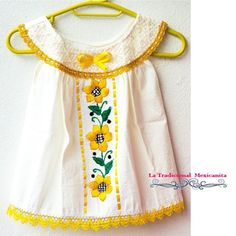 Artículos similares a Baby Embroidered Dress en Etsy Girls Dresses Sewing, Sewing Kids Clothes, Little Girl Dresses, Baby Frocks Designs, Kids Frocks Design, Embroidery Suits Design, Embroidery Fashion, Baby Dress Design, Baby Girl Party Dresses