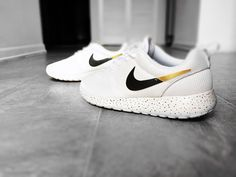 Womens Custom Nike Roshe Black and Gold with Gold Speckles
