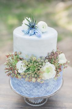 Unique Wedding Cakes | Best of 2015 | Bridal Musings Wedding Blog 4