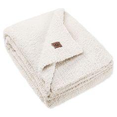 Barefoot Dreams Blanket, Cute Blankets, Throw Blankets, Chenille Blanket, Puppy Supplies, Chunky Knit Throw, Faux Fur Rug, Luxury Throws, Breien