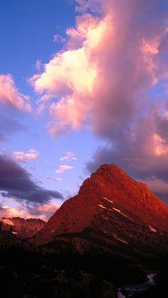 Montana National Park evening sky. - Mountains - USA