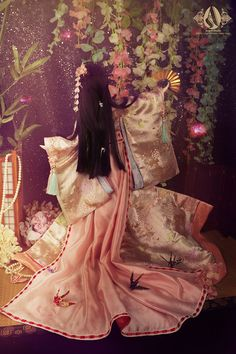 Types Of Hands, Heian Period, Barbie, Body Makeup, Japanese Kimono, Cute Dolls, Beautiful Dolls, Dress Skirt, Painting