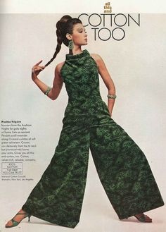 Isabella Albonico in Pauline Trigère, Vogue, 1964 Sixties Fashion, Mod Fashion, Vintage Fashion, Vogue Fashion, Ladies Fashion, Hijab Fashion, Mode Vintage, Vintage Vogue, Moda Retro