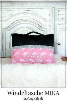 Für's Baby nähen ~ Geschenke zur Geburt selber machen * The Crafting Café #nähenfürsbaby Bed Pillows, Blog, Crafts, Book Gifts, Sew Baby, Sew Mama Sew, Bags Sewing, Sewing For Kids, Pillows