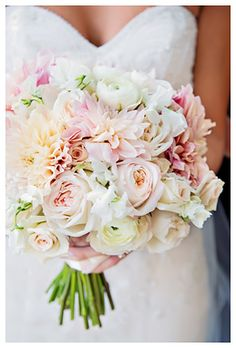 Light pink wedding bouquet captured by K. Holly Photography #wedding #bouquet #bride http://www.kholly.com/