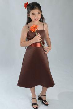 Spaghetti straps knee-length satin dress for flower girl