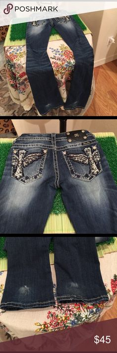 """Miss Me Size 25 Distressed Jeans Miss Me Distressed Jeans Size 25, hips 31"""", inseam 32"""", slight repair photoed on back bottom hem, great condition Miss Me Jeans Boot Cut"""