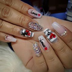 Ideas pedicure designs valentines red hearts for 2019 Valentine's Day Nail Designs, Pedicure Designs, Acrylic Nail Designs, Nails Design, Heart Nail Designs, Love Nails, Pretty Nails, Pink Nails, Valentine Nail Art
