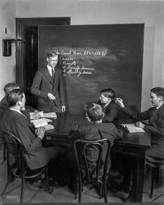 ", circa ""Ernest Kendall, teacher of U. Capitol pages."" Note old-school schoolboy mischief. Photo by Theodor Horydczak. School Boy, Old School, Vintage Photographs, Vintage Photos, Tom Brown's Schooldays, Shorpy Historical Photos, American Life, High Resolution Photos, Photo Archive"