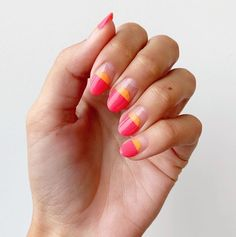 Endless Summer in fuchsia and tangerine. Neon Nail Polish, Neon Nails, Emoji Nails, Paintbox Nails, Black Manicure, Jelly Nails, Latest Nail Art, Striped Nails, Beauty Lounge