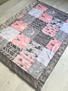 ***Options*** Please read carefully!! Woodland faux quilt with silver arrow backing. Minky blankets are minky on both sides. Check shop info for turnaround time. Minky Baby blanket - Measures approximately 28x38 inches. Great for strollers, car seats, swaddling etc Minky Toddler/Crib -