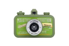 Don't say we didn't warn you – La Sardina Marathon camera will reel you in with its cool, vintage, sardine can-inspired look. There's more to love – this happy little 35mm skipper will snap wide-angled photos and allow you to create super-easy multiple exposures!