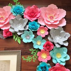 Paper Flowers -PDF Paper Flower Template, Digital Version Including The Base - The Cherry BlossomThis DIY flowers detailed is enjoyable and simple, also if Do It Yourself is not your cup of tea.How to Make Beautiful DIY Flowers in 6 Simple and Easy S Paper Flower Backdrop, Giant Paper Flowers, Diy Flowers, How To Make Paper Flowers, Flower Decorations, Paper Butterflies, Pot Mason Diy, Mason Jar Crafts, Paper Flower Templates Pdf