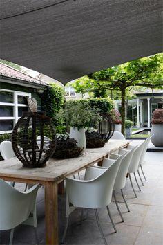 ❖ exterior | dining