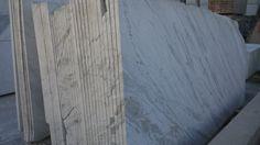 Lastre di Marmo Bianco Carrara Statuario - http://achillegrassi.dev.telemar.net/project/lastre-di-marmo-bianco-carrara-statuario/ - Lastre di Marmo Bianco Carrara Statuario a piano sega