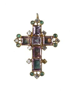 An enamelled gold pendant in the form of a cross botonée with six rectangular table-cut spinels bordered by nine table-cut diamonds (one missing) and eight emeralds cut en cabochon. The reverse is enamelled. Part of the Cheapside Hoard, late 16th-early 17th century.