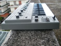MATRIXSYNTH: Roland SH-101 Vintage Mono Synth