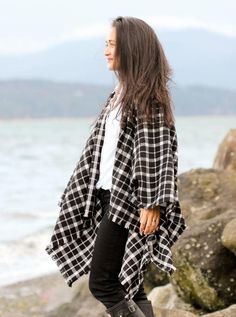 Winter Layers Cape Scarf Tutorial | Prepare to wrap yourself up in style with this winter with this beginner sewing project!