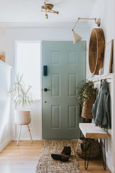 Our Sage Front Door and Painting Tips. Learn my simple tips to get a professional finish. Many are making simple mistakes that they aren't aware of! Living Spaces, Living Room, Home And Deco, Home Reno, Painting Tips, Spray Painting, Sweet Home, New Homes, Room Decor
