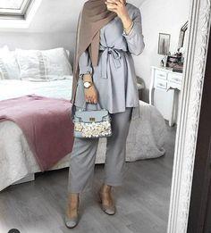 fashion hijab Fashion stylish tunics for woman Just Trendy Girls Hijab Casual, Hijab Outfit, Modest Fashion Hijab, Hijab Chic, Muslim Fashion, Fashion Outfits, Fashion Fashion, Woman Fashion, Casual Wear