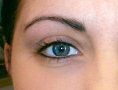 Microblading Before and After : 14 Permanent Cosmetics Eyeliner after 4 Before and … Tatoo Eyeliner, Crayon Eyeliner, How To Do Eyeliner, Perfect Eyeliner, Apply Eyeliner, Tattoo Eyebrows, Simple Eyeliner, Perfect Makeup, Semi Permanent Eyeliner