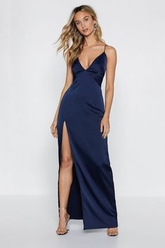 For looking damn good with next to no effort. The Look At You Dress comes in satin and features a plunging V-neckline, maxi silhouette, high sit at side, zip closure, and crossover straps at back. Cute Prom Dresses, Grad Dresses, Ball Dresses, Satin Dresses, Evening Dresses, Long Satin Dress, Awesome Dresses, Casual Dresses, Bridesmaid Dresses