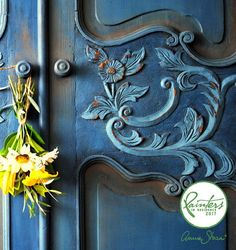 A detail of an armoire painted by Painter in Residence Ildiko Horvath. For colors used, follow the link! | Chalk Paint® by Annie Sloan #chalkpaint #anniesloan