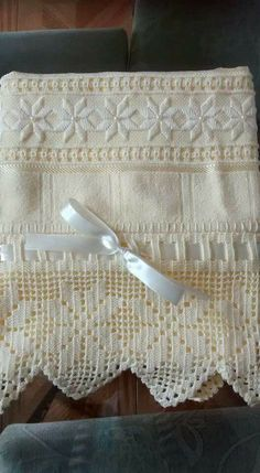 Discover thousands of images about BT Embroidery Needles, White Embroidery, Embroidery Art, Embroidery Patterns, Crochet Towel, Crochet Doilies, Crochet Baby, Valentines Design, Drawn Thread