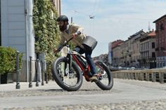 Fantic serves up two new electric fat bikes.