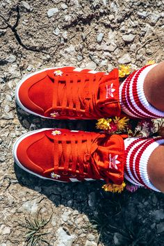 can't be discovered without getting lost. Air Force Sneakers, Nike Air Force, Adidas Shoes, Sneakers Nike, Hippie Chic, Wildflowers, Creative Photography, Spring Outfits, Running Shoes