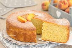 Il pan di pesche è una torta semplicemente favolosa, fatta di tante pesche frullate, è una nuvola profumatissima, si prepara senza burro!