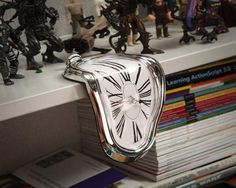 Time Warp Shelf Clock - $11 | The Gadget Flow