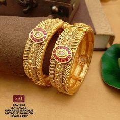 Bridal Jewelry, Gold Jewelry, Gold Necklace, Gold Fashion, Fashion Jewelry, Indian Fashion, Gold Bangles Design, Jewelry Design, Rajputi Jewellery