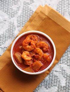 Prawn Vindaloo Recipe a hot and spicy dish from the Goan Cuisine.