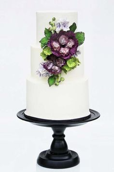 30 Simple, Elegant, Chic Wedding Cakes ❤ See more: http://www.weddingforward.com/simple-elegant-chic-wedding-cakes/