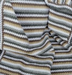 Blanket 'Bouke' for a baby, ca 70 x 82 cm.