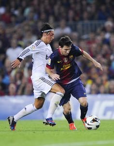 Mesut Ozil Photo - FC Barcelona v Real Madrid CF - La Liga