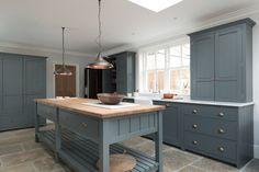devol-kitchens__english-shaker_traditional-design_kitchen_simple_tudor_country_designer-spotlight_emily-henderson_inspiration_14