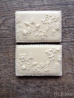 lots of lovely detail. Would look gorgeous on a dessert buffet at a wedding/shower! Or packaged wedding favor!