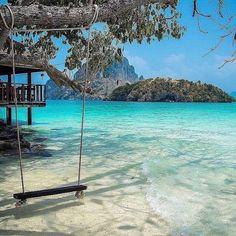Chicken Island Krabi.  Photo by:...