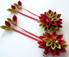 Kanzashi Fabric Flowers. Set of 2 hair clips. Red and by JuLVa