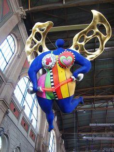 A fada voadora na estação de Zürich