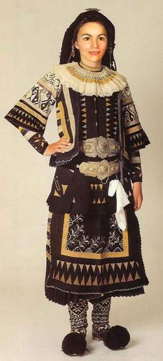 Politisa Sarakatsana.. Costumes Around The World, Art Populaire, Ethnic Chic, Europe Fashion, Clothing And Textile, Greeks, Folk Costume, Historical Costume, Firebird
