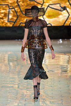 Fashion Show: Alexander McQueen Spring /Summer 2013 | Избранное